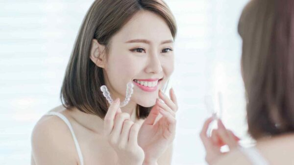 Invisalign Dentist and Clear Correct Aligners